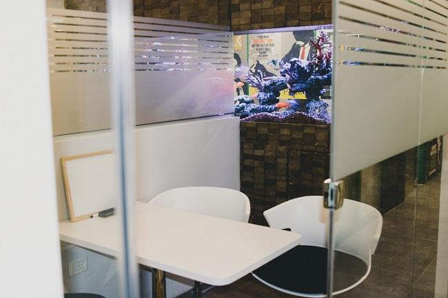 חדרי שיבות קטנים להשכרה לפגישות לפי שעה ברחובות!